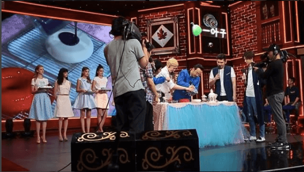 Olga Noskova on a TV show in China